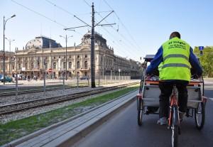 Rikszą, rowerem lub pieszo ulicami Łodzi